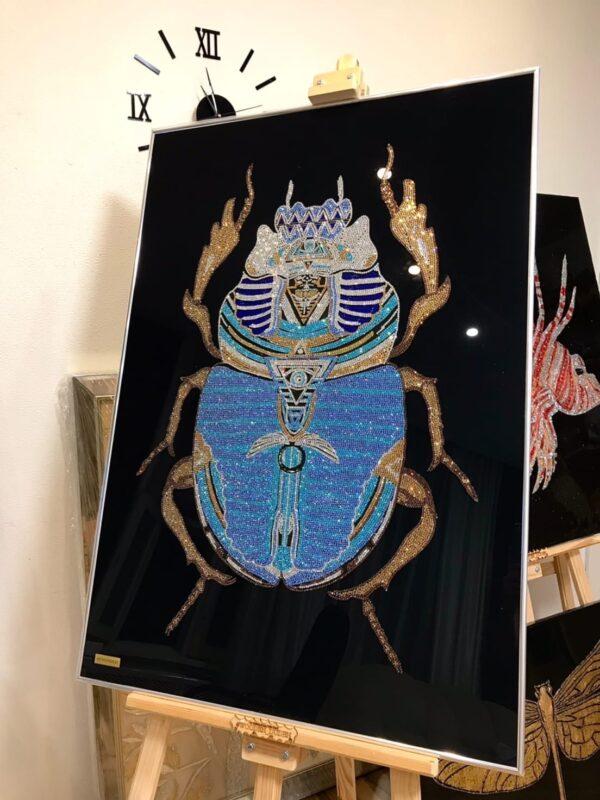 Картина из страз swarovsli жук скарабей. Декор на стену купить